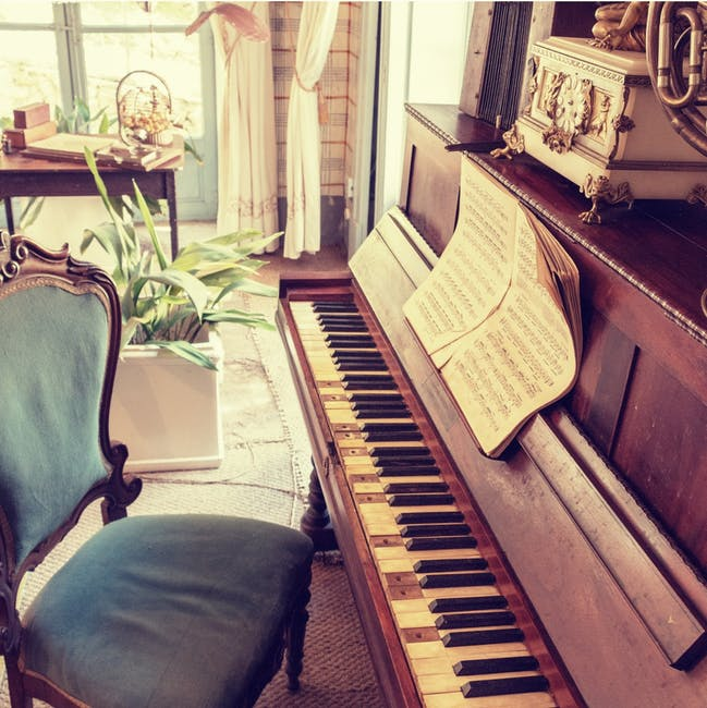 Bloomsburg local piano movers near me